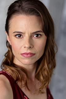 Zoe Dean